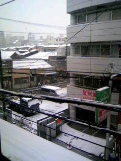 雪だーッ\(≧▽≦)/